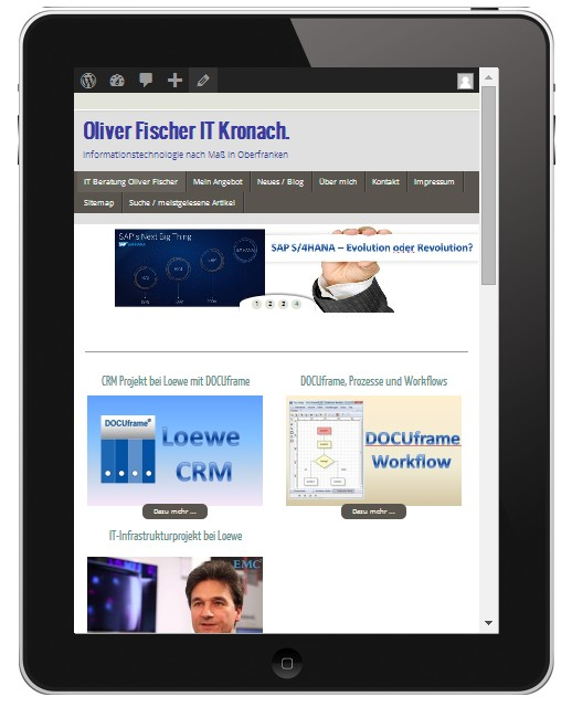 Website auf einem Tablet-Display